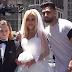 50χρονη γυναίκα παντρεύτηκε 12χρονο παιδί και το γιόρτασε δημόσια προκαλώντας την οργή του κόσμου