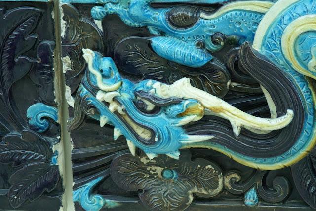 dragon bleu terre cuite chinoise