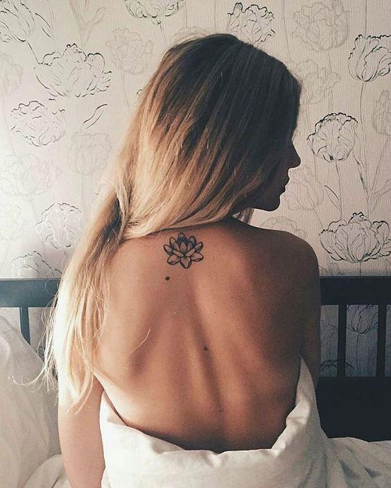 15 Gorgeous Fine Line Tattoo Designs