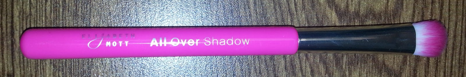 Elizabeth Mott All Over Shadow Brush
