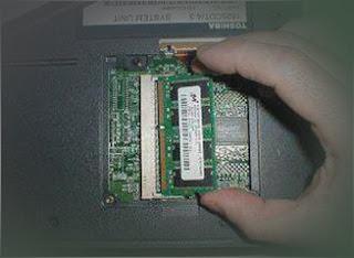 Langakah Cara Ganti RAM Laptop Sendiri