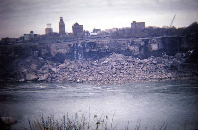 Cuando las Cataratas del Niágara se secaron