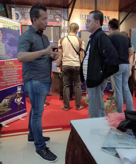 """Master SEO Polda Metro Jaya , M. Khoirul Amin """"Ngulik"""" Seputar Fenomena Hoax Bersama Kabid Humas Polda Kepulauan Riau"""