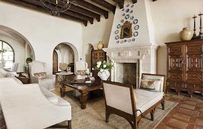 Mediterranean Style Living Room - Simple Finishing