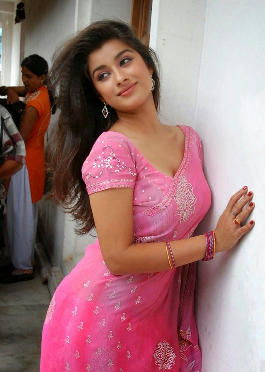 Actress Madhurimas Hot Saree Photoshoot - Hot4Sure-5795