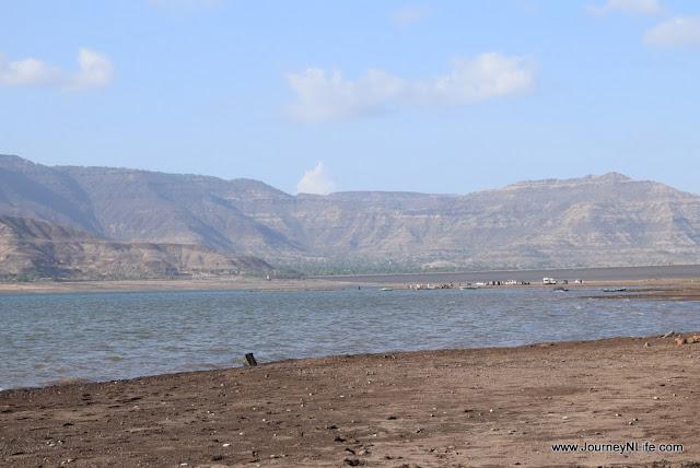 One day bike ride to Dhom dam near Wai