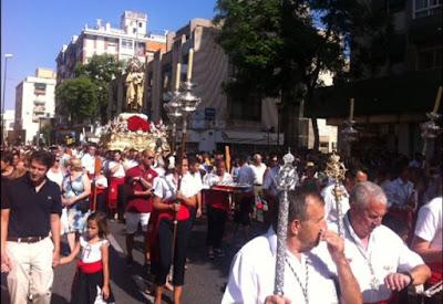 La Virgen del Carmen, por las calles de El Palo  / A. Peláez