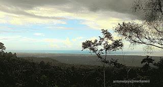 View-menuju-batu-basurek