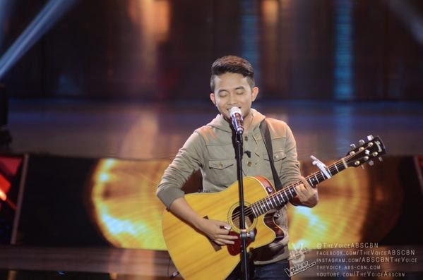 VIDEO: Mic Llave sings 'Panalangin' on 'The Voice PH'