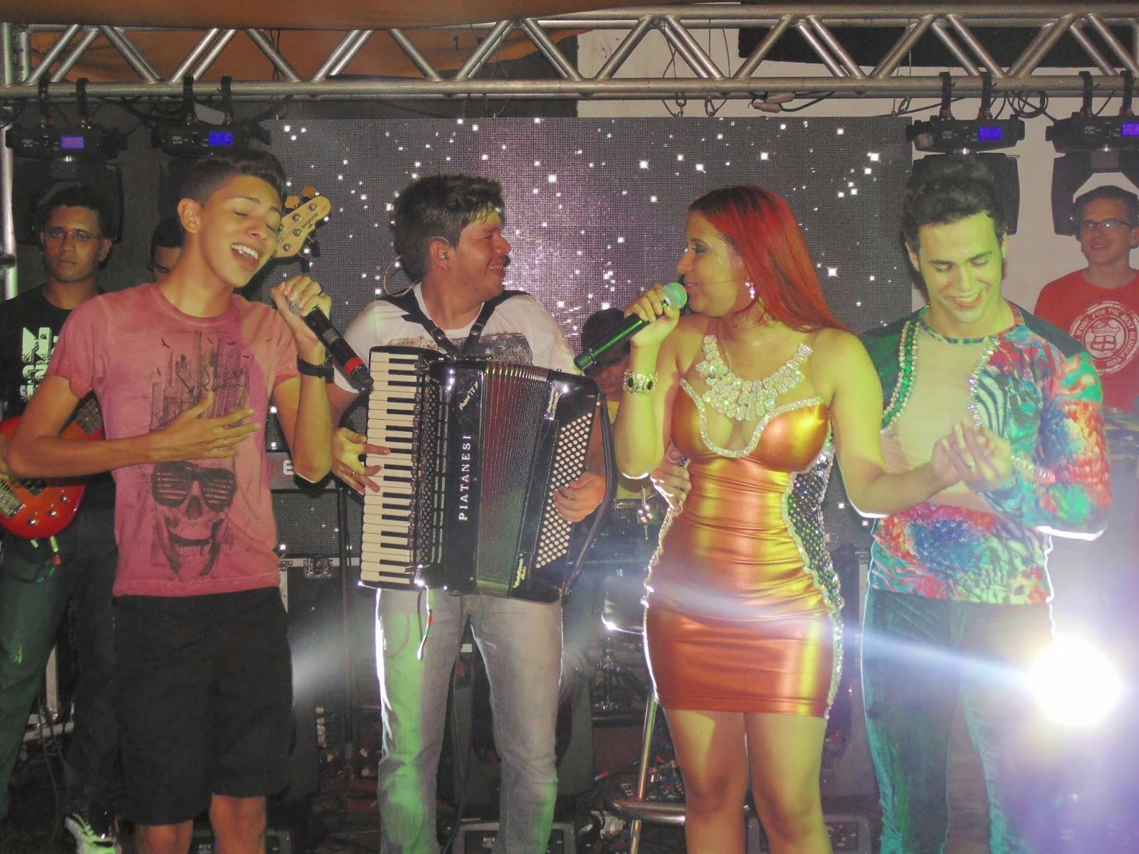 DOMINGUINHOS BAIXAR PALCO MP3 CD