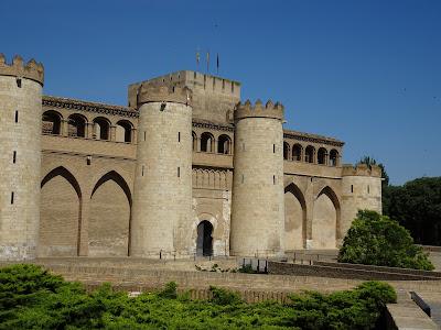 Libroslocuras visita teatralizada palacio de la - Arquitectura en zaragoza ...