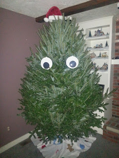 Googly Eyes on Christmas Tree