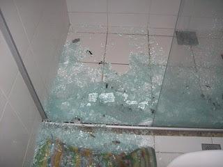 O perigo do Box do vidro no banheiro