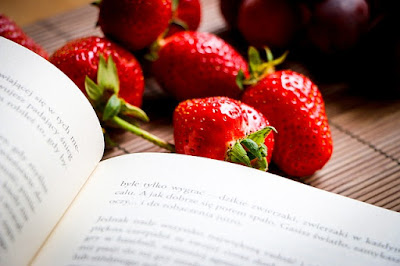 book and strawberries picture