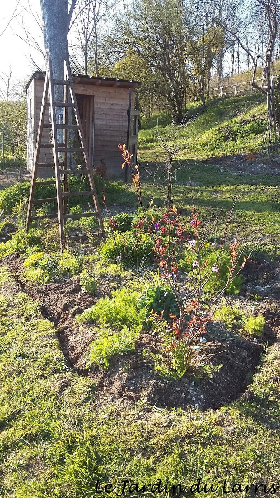 le jardin du larris une semaine comme je les aime. Black Bedroom Furniture Sets. Home Design Ideas