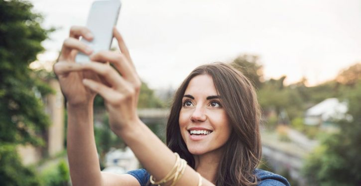 Obsessional Taking Of Selfies Is A Disease According To Scientists