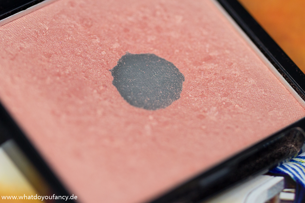 p2 Catch the Glow go for glow blush #010 beach beauty