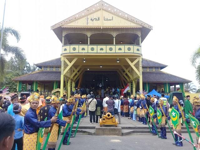 Hubungan Islam dan Budaya Istana Kadriah Pontianak
