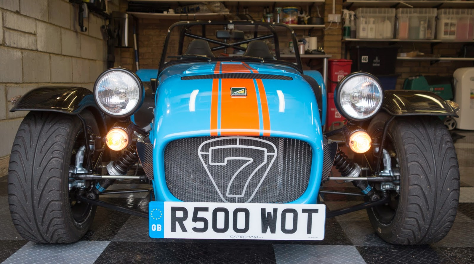 Caterham R500 Front with clear indicator kit fitted and illuminated.