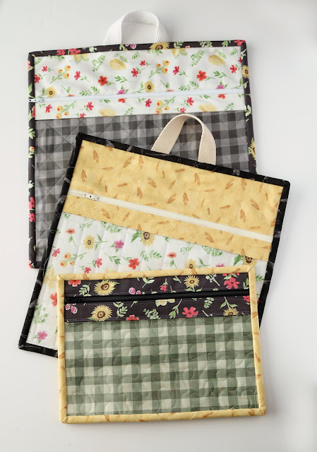 Vinyl project bags by Andy of A Bright Corner - with a link to the tutorial