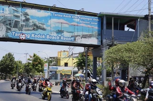 Wisata Pantai Tanjung Kodok Lamongan - Jawa Timur Indonesia