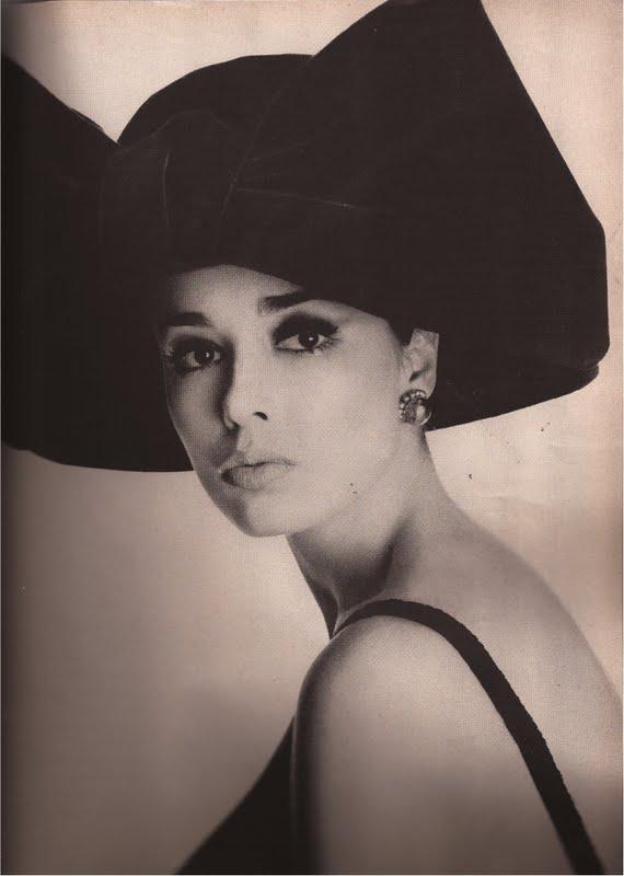 50c1e90c6b92 devodotcom  Vogue September 1962
