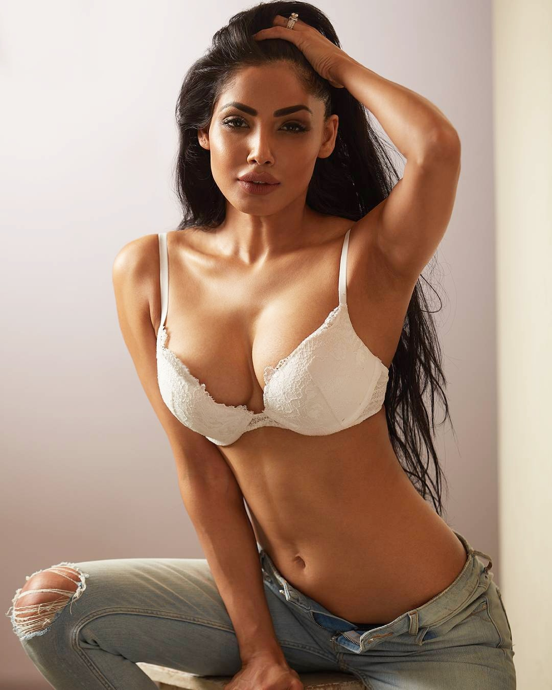 Hot Indian actress pics – Celebrityphotocuts 5