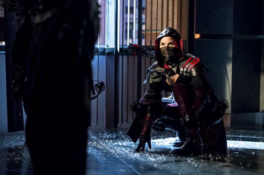 Nyssa Al Ghul în ultimul episod din sezonul 2 al serialului Arrow