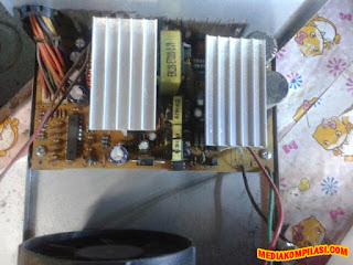 kabel power komputer meleleh