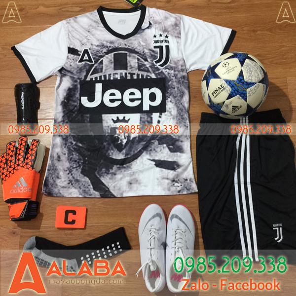 Áo CLB Juventus 2019 Training Màu Đen Trắng
