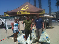 OluKai Giveback Day: 6 beaches, 300+ pounds of trash removed 12