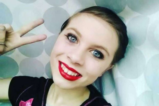 Katelyn Nicole Davis anak berusia 12 tahun secara sadis mengakhiri hidupnya dengan gantung diri