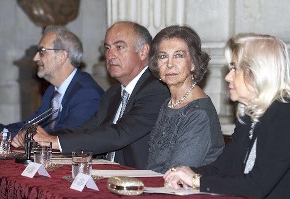 Queen Sofia Iberoamerican Poetry 2016 award ceremony Spanish author Antonio Colinas, Queen Sofia style dresses handbags
