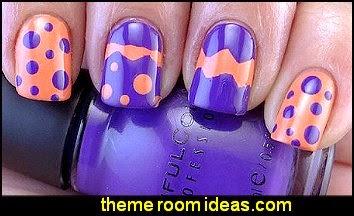 nail designs - polka dot nails - nail decorationns - nail design ideas