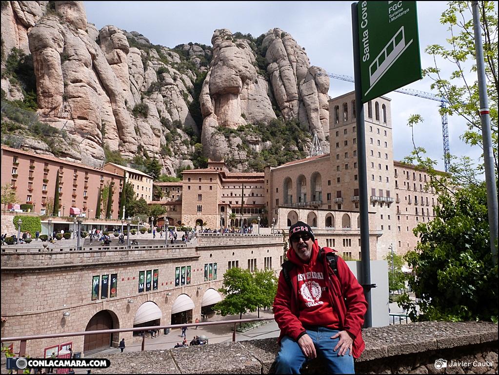 Monasterio de montserrat espa a con la c mara por europa con la c mara en el bolsillo - Tiempo olesa de montserrat ...