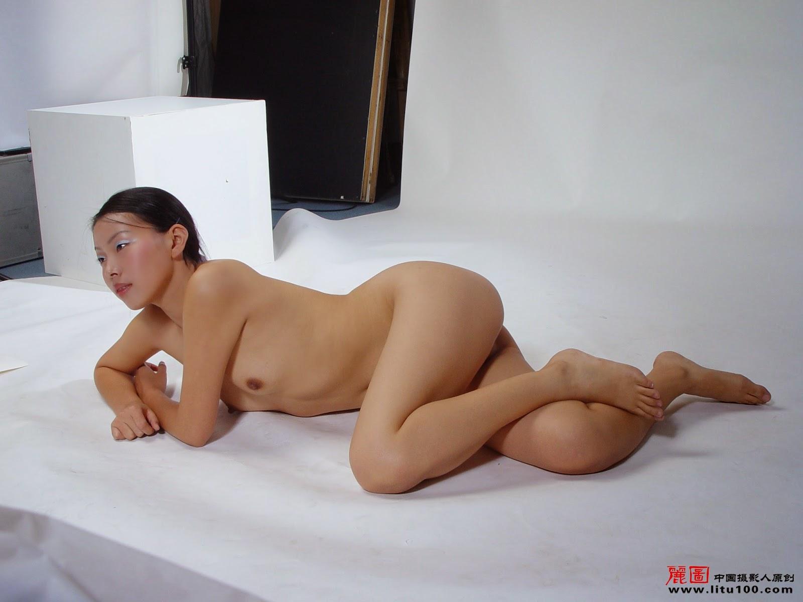 Hot girl masterbates psp