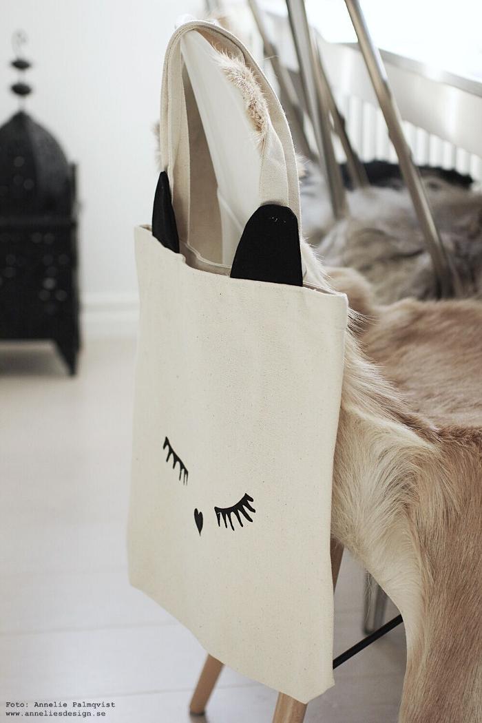 annelies design, cat ear tote, väska, tygväska, bag all, webbutik, inredningsbutik, butik, varberg, inredning,