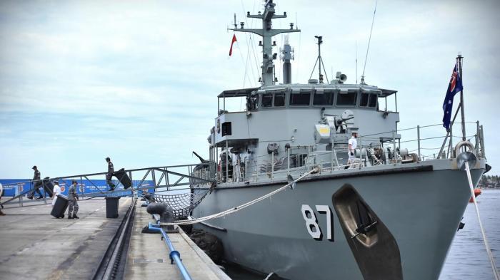 HMAS Yarra-M 87