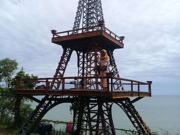 Keindahan wisata pantai jawa tengah Watu Bale dengan panorama yang cantik
