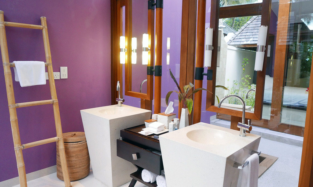 Euriental | fashion & luxury travel | Conrad Maldives, beach villa bathroom