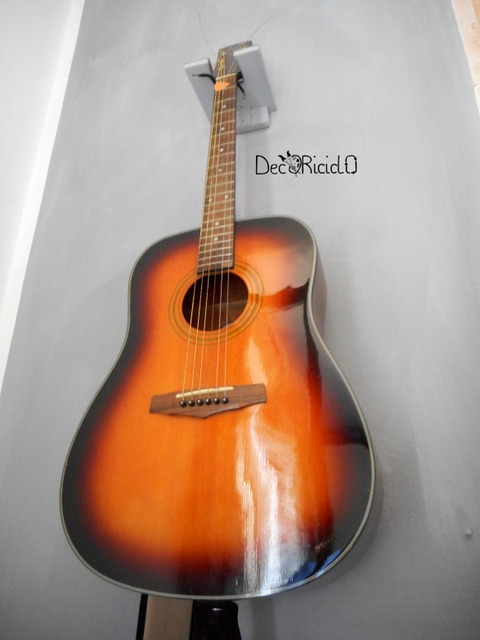 Decoriciclo appendi chitarra fai da te for Appendi borse fai da te