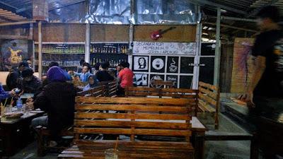 Tempat Nongkrong Asyik di NEMO Cafe Jogja yang Bikin Nyaman