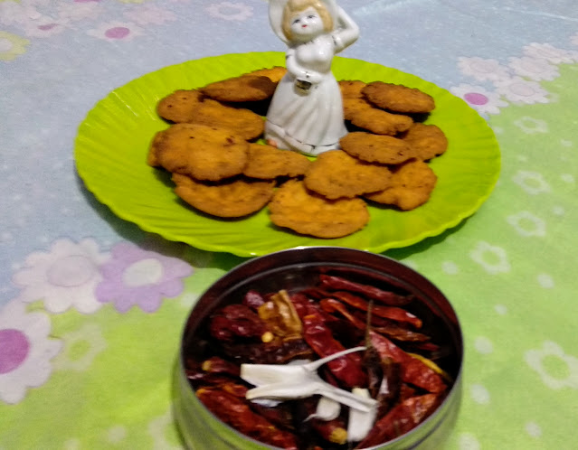 Masala Mathri recipe.
