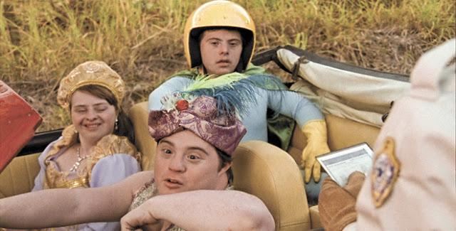 Filme 'Colegas' é exibido em sessão gratuita de cinema em Andradas, MG