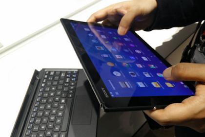 Xperia Tablet Z4 Yang Dapat Terhubung Keyboard