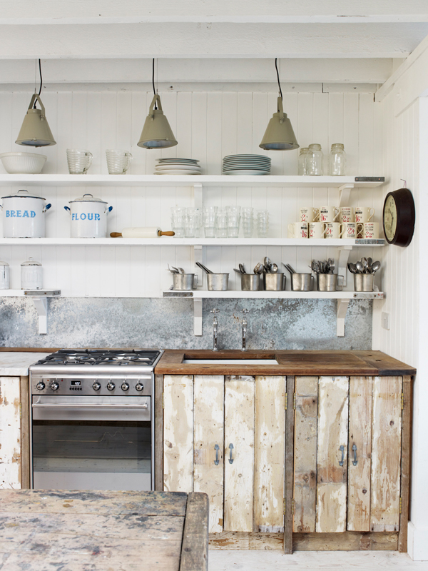 PUNTXET Una casa de campo donde se respira puro relax #deco #decoracion #hogar #home #cottage #rustic #rustico #decoration #kitchen #cocina