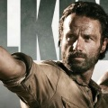 THE WALKING DEAD, TEMPORADA 4: TITULO DEL PRIMER EPISODIO Y BANNER DE LA COMIC CON