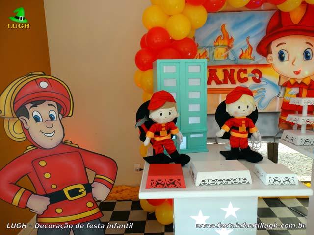 Decoração de festa Bombeiros para aniversário infantil