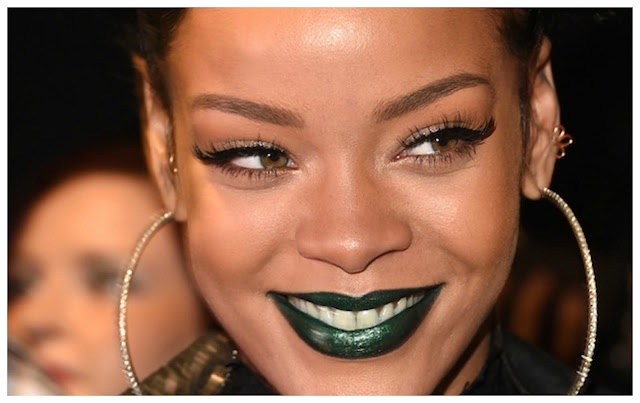 Rihanna Green Lipstick