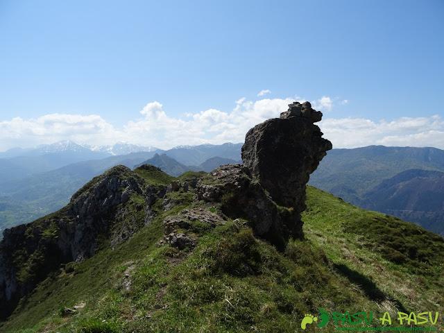 Roca curiosa en la Sierra de Caranga